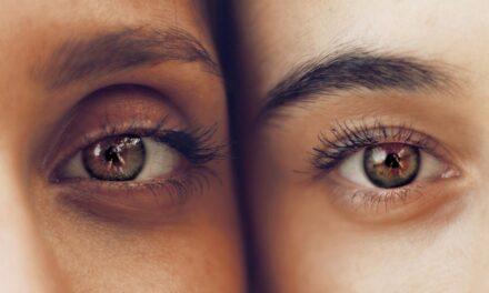 Et yngre udseende med et øjenbrynsløft