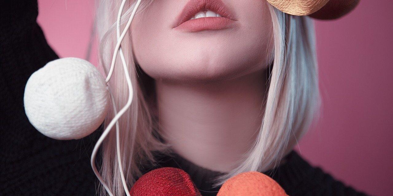 Få fyldigere læber med plastikkirurgi