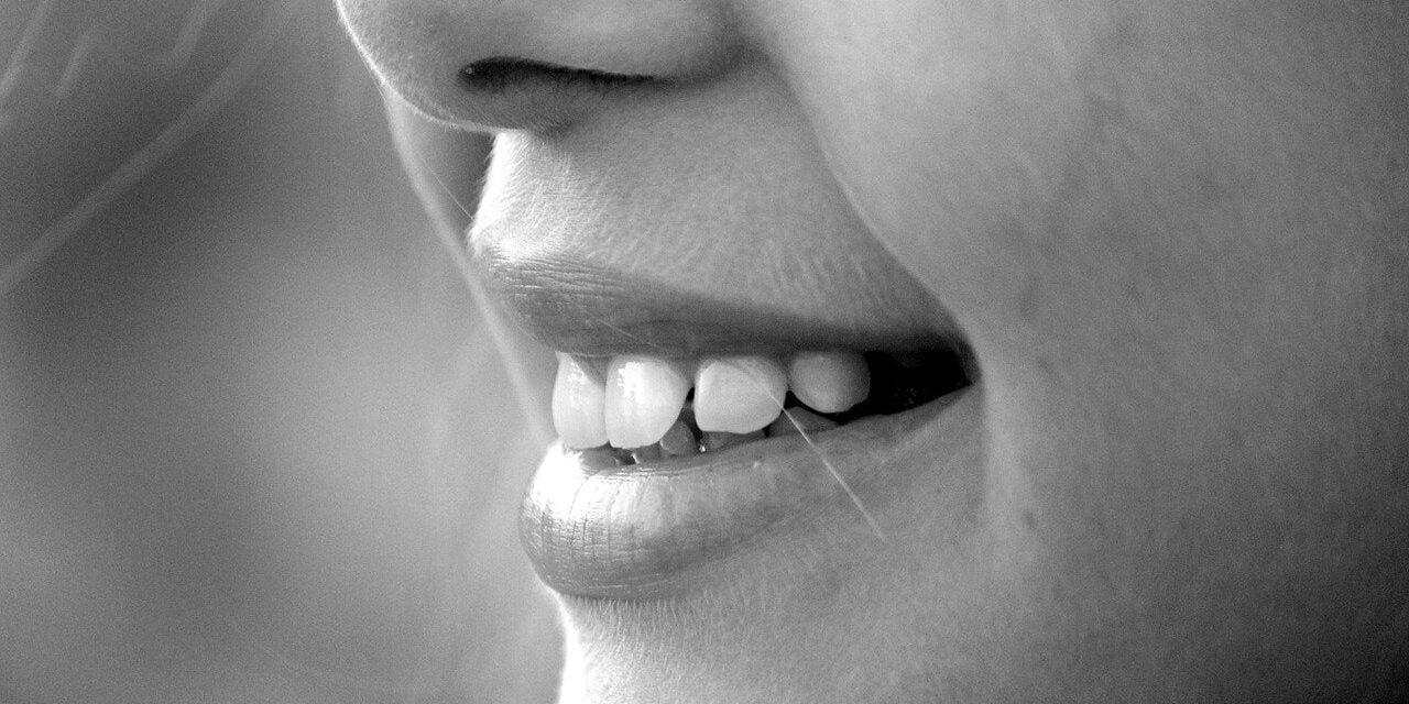 Få råd til smukke tænder med et tandlæge tilbud
